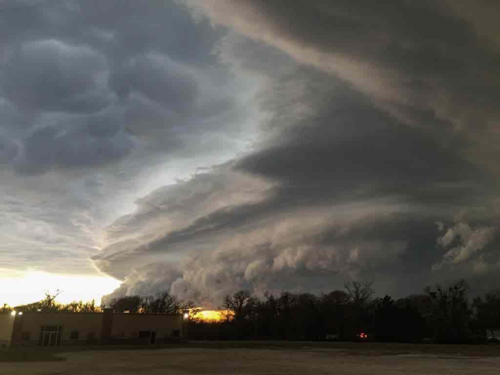 Tornado Cause