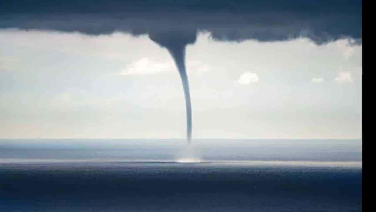 Tornado-causes